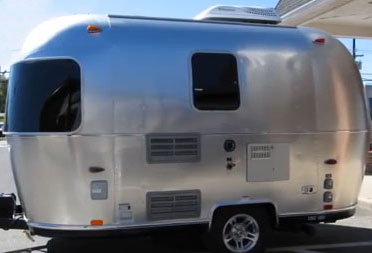 Top 10 Lightweight Travel Trailers
